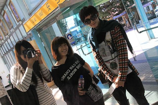 【南怡島自由行】2011自助搭火車篇.便利商店覓食 @GINA LIN