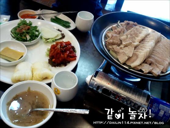 【新村美食】元祖奶奶生菜包肉|원할머니보쌈 @GINA環球旅行生活|不會韓文也可以去韓國 🇹🇼