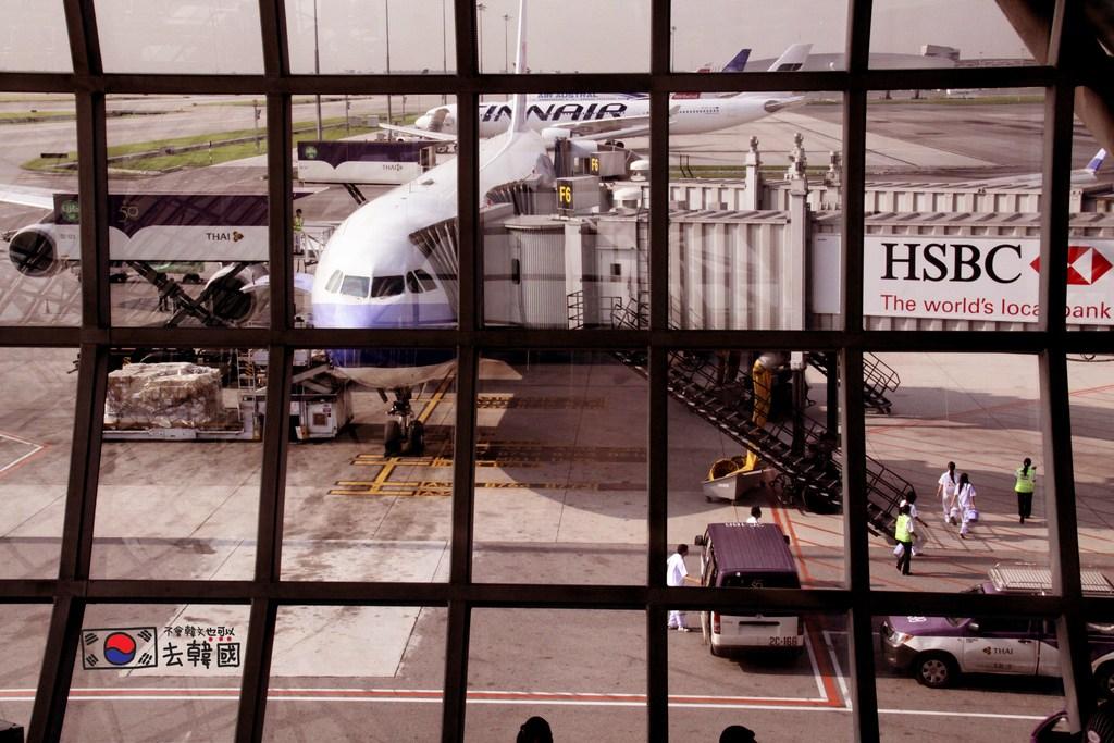 【泰國曼谷自由行】令人難忘的泰國蘇凡納布機場(Suvarnabhumi Airport) @GINA環球旅行生活