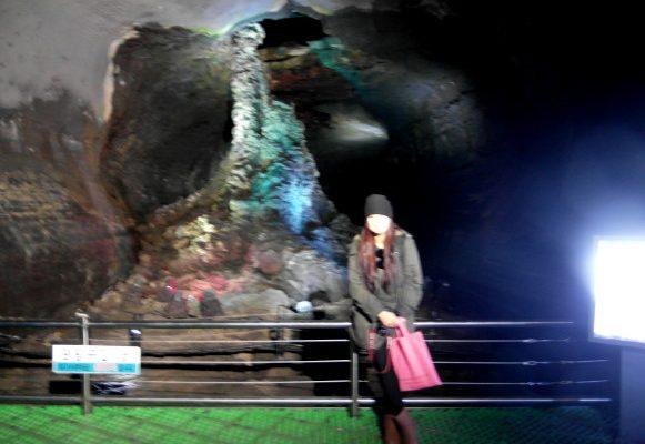 濟州島景點》萬丈窟 UNESCO世界級遺產 深淵萬丈 유네스코 세계자연유산 만장굴 @Gina Lin