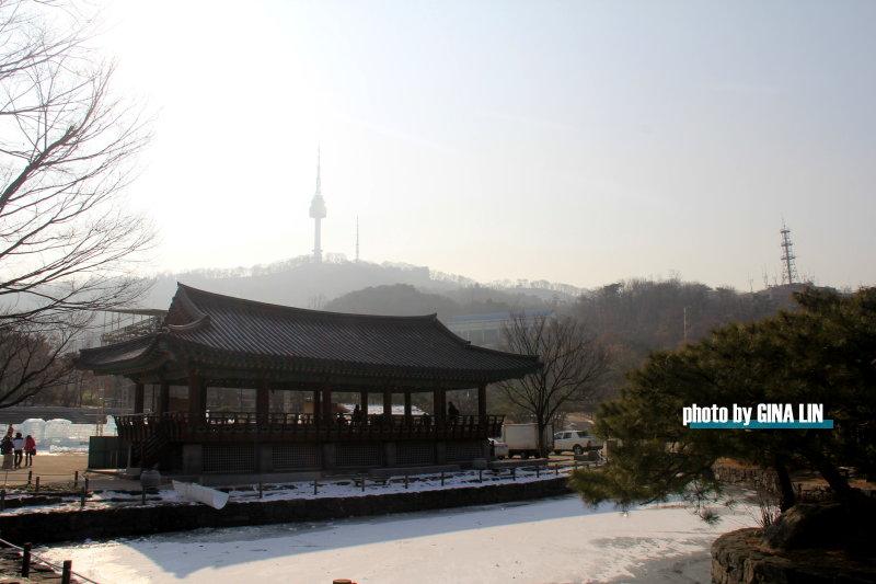 【南山韓屋村】首爾忠武路.冬季戶外冰雕展 @GINA環球旅行生活