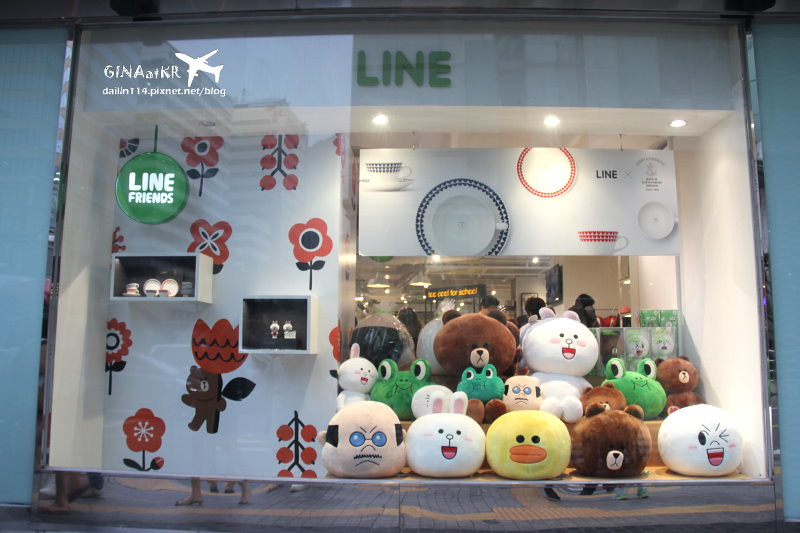 【首爾明洞樂天百貨】Lotte Young Plaza大敗家|LINE Friends官方商品| SM TOWN明星 「Pop-up Store」、YG藝人「KHOS」、韓國化妝品too cool for school、LV專賣店 @GINA環球旅行生活