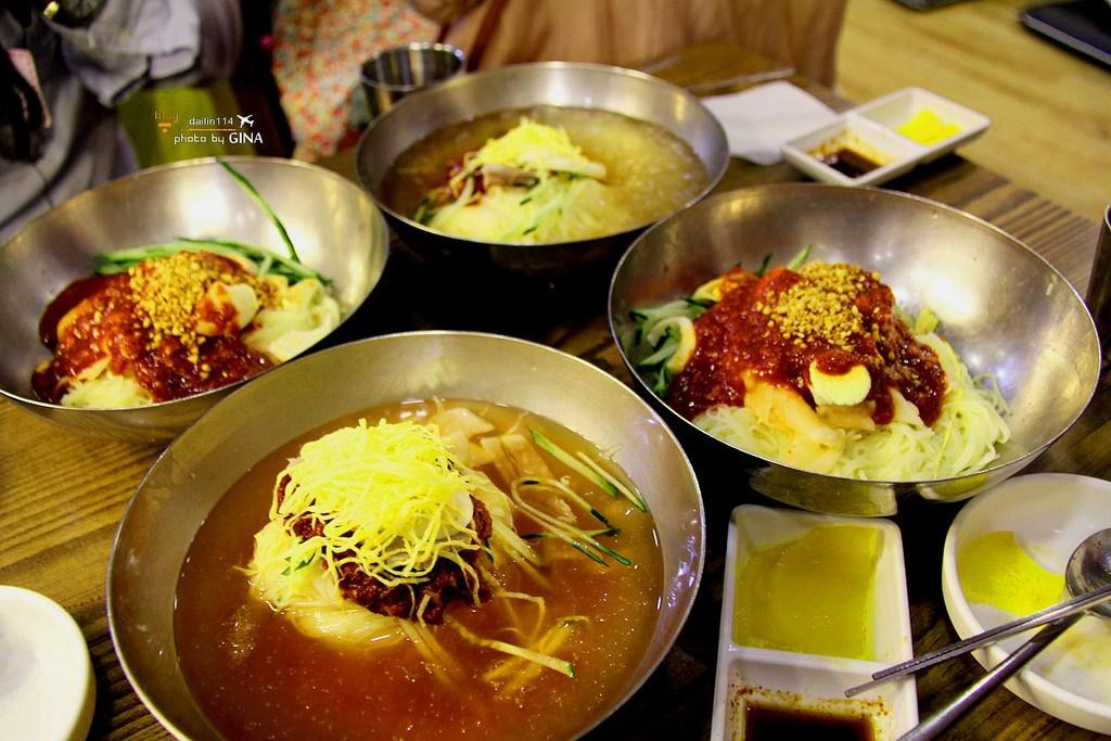 【釜山美食】奶奶伽倻小麥冷麵|一個人也可以吃|超大蒸餃+夏天必吃韓國水冷麵 南浦洞光復路(近釜山龍頭山公園、札嘎其市場、釜山國際市場) @GINA環球旅行生活|不會韓文也可以去韓國 🇹🇼