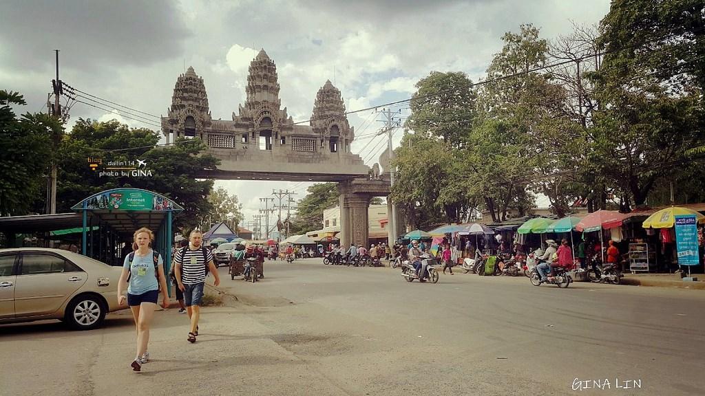 【柬埔寨自由行】恐怖從泰國邊境到柬埔寨|暹粒吳哥窟市區|簽證、交通方式|曼谷考山路,買車票行程教學。 @GINA環球旅行生活